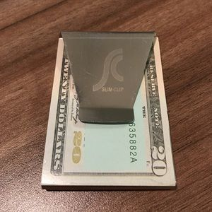 Other - ❣️3/$10 Metal money clip